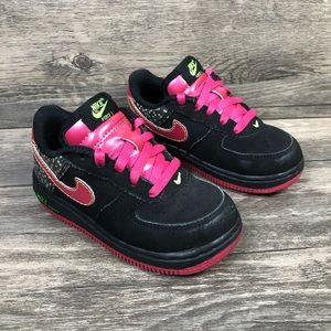 Nike Force 1 Toddler Girls Black & Pink Sneakers